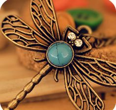 2014  Vintage Dragonfly Cutout Necklace for  Female