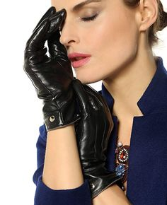 Elma Womens Touchscreen Texting Winter Driving Nappa Leather Gloves Pure Cashmere Warm Lining 65 Black * Check out the image by visiting the link. (This is an affiliate link) Texting Gloves, Warmest Winter Gloves, Cold Weather Gloves, Dress Gloves, Knitted Gloves, Ladies Party, Leather Gloves, Elegant Woman, Womens Scarves