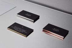 Bailas Contemporary Coiffure wurde im November 2015 von dem Düsseldorfer Friseur Apostolos Bailas gegründet und steht für exklusive Frisierkunst. Kern des Markenkonzeptes ist die enge Verbindung zwischen Friseurmeister und Gast sowie einem dementsprechend hochindividualisierten Service – mit nur einem Frisierstuhl, einem Waschstuhl und mit exakt zwei Stühlen für die Beratung. Von der Begrüßung bis zur [...]