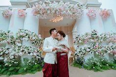 Khmer Wedding, Bridesmaid Dresses, Wedding Dresses, Traditional Wedding, Cambodia, Table Decorations, Fashion, Moda