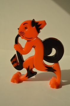 Rosbro Halloween Plastic Cat Whistle Candy Container Toy Wheels Vintage E Rosen