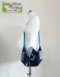sac origami, à bandoulière en velours bleu indigo et coton japonais, création…