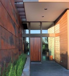 Horsetail Reed Design, Rusted steel look wall