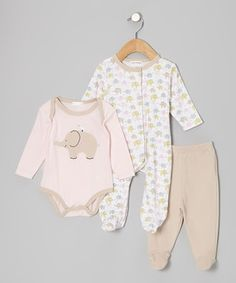 This snuggly set knows how to treat a little one to some sweet coziness. Sporting a soft cotton blend, snap buttons on both suits and an elastic waistband on the pants, these pieces are all about comfort for Baby and convenience for Mom.