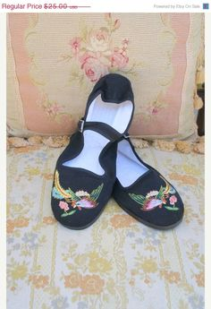Chinese Mary Jane cloth shoes. $21.25, via Etsy.