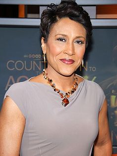 "Robin Roberts / ""My doctors tell me I'm going to beat this – and I know it's true."" Robin Roberts on her bone-marrow disease. Diane Sawyer, Marcia Cross, Robin Roberts, Short Hair Cuts For Women, Short Hair Styles, Black Is Beautiful, Beautiful People, Amazing People, Beautiful Celebrities"