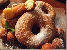 Gogosi italiene ciambelle sectiune Bagel, Doughnut, Bread, Desserts, Projects, Food, Tailgate Desserts, Deserts, Blue Prints
