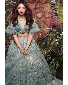 Unique Bridal Lehenga designs that is every Bride's pick in Dress Indian Style, Indian Dresses, Indian Bridesmaid Dresses, Blouse Back Neck Designs, Blouse Designs, Indian Designer Outfits, Designer Dresses, Lehenga Images, Sangeet Outfit