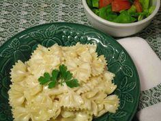 Ce plat de pâtes facile à faire est une adaptation de la délicieuse recette de Macaroni au fromage de madame Jessica Coursen publiée sur …