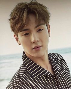 Lol he's so cute and really dorky. It's adorable. Shownu ❤
