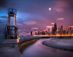 View from North Avenue break water looking back at the City (one of the 25 Photos Of Chicago That Will Make You Want To Move There)