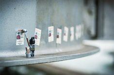 El fotógrafo francésSofiane Samlal, mejor conocido comoSamsofy, sabe muy bien cómo combinar sus dos pasiones: las fotografías y las piezas de Lego. Así es como creóLegographie, una serie de imágenes en las que se divierte creando tiernas escenas protagonizadas porpersonajes de la cultura pop. Conoce más sobre el trabajo de este artista y mira más …