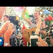 http://www.concertlive.fr/videos/coldplay-clip-video-a-sky-full-of-stars-youtube