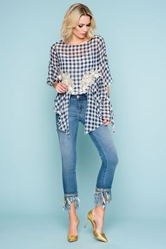 Vichy print for a perfect streetstyle look - Denim jeans with details Sahoco Style