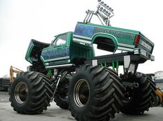ideas monster truck cars for 2019 Lifted Ford Trucks, Cool Trucks, Fire Trucks, Pickup Trucks, Tow Truck, Monster Truck Cars, Monster Truck Birthday, Classic Trucks, Monsters