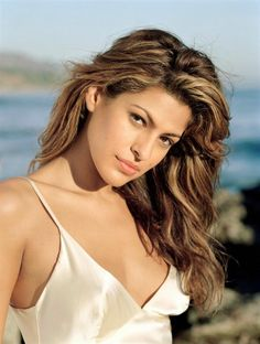 Eva Mendes photo collections