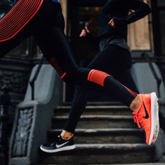 "NikeWomen on Instagram: ""Light and bright. Responsive and lightweight shoes for long-distance runs. Get the #nikefree RN Distance through the link in our profile."""