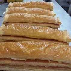 Check strudelhouseid's Instagram Our delicious Apple Strudel 😊🍎🍎 Freshly prepared upon ordering. -  -  -  #strudelhouseid #applestrudel #blueberrystrudel #strudel #apple #crispy #jakarta #yummy #foodblogger #foodbloggerjkt #food #pastry #pastries #cake #kuliner #dessert #cookies #dessertlovers #foodie #applepie #pie #banana #bananachocolate #nastar #pineapple #applepie    Monday - Friday, 9am - 5pm  Call/ WA 0812 9697 8883 1465842697499452890_3940235828