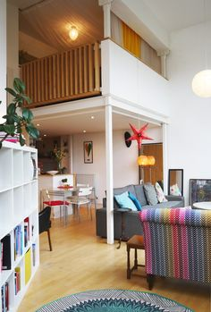 Gillian and Christopher's Colorful Glasgow Apartment — Gorgeous Global House Tour
