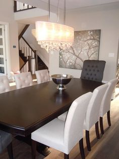 Gorgeous dining table set.