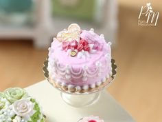 MTO-Beautiful Pink Cake with Raspberries Heart by ParisMiniatures
