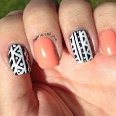 Used Sally Hansen peach of cake, Pure Ice Kiss me here, and a white nail striper. #notd#sallyhansen#kiss#pureice#tribal#tribalprint#tribalnails#mani#manicure#notd#nails#nailswag#nailart#nailgasm#nailporn#nofilter#nailsofig#nailpolish#nailartclub#nailartobsession#nailsofinstagram#nailpolishaddiction