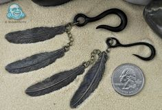 Patina brass double feather hanging design