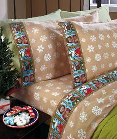 This Winter Friends Cozy Flannel Sheet Set has an adorable design that fits perfectly with the colder months. Designed by Debra Jordan Bryan, these brushed flannel sheets will keep you toasty warm. Natural color background is scattered with white sno Christmas Bedroom, Christmas Decor, Natural Bedding, Lakeside Collection, Bedding Basics, Buy Bed, Luxury Bedding, Modern Bedding, Bed Design