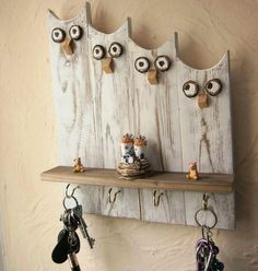 Wood pallets 664984701215013110 - Owl Keys Hook – Diy Fall Decor – Source by liapicturefeast Rope Crafts, Driftwood Crafts, Wooden Crafts, Diy Crafts, Diy Décor, Reclaimed Wood Wall Art, Wood Art, Wood Wood, Key Hook Diy