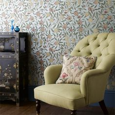 William Morris- Fruit wallpaper, first printed in love to paper a room with some of his original designed paper. Interior Wallpaper, Wall Wallpaper, Pattern Wallpaper, Wallpaper Online, William Morris Wallpaper, Morris Wallpapers, Craftsman Wallpaper, Wallpaper Canada, Green Dining Room