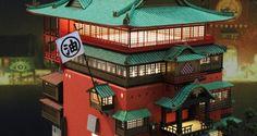 千と千尋の神隠しの油屋を精巧に再現した組み立てキットに惚れた! – Japaaan 日本の文化と今をつなぐ