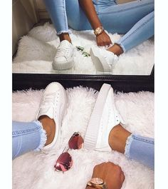 White Glo I'm in love. Been trying to get some of Rihanna's creepers since she first released them, and finally got them and BOMB rose gold Sunglasses from @lonjure jeans @ikrushcom #fentyxpuma #creepers #lonjure #ikrushbabe