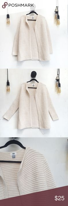 Old Navy Open Knit Sweater Old Navy Open Knit Sweater. Off white cream color. Good used condition. Has a small snag on the back, (pictured)  Measurements Old Navy Sweaters