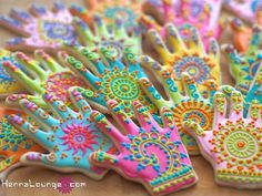 Henna Lounge is no longer offer pastry services, but we are leaving the page up for you to be inspired by. Darcy's cakes and cookies have been featured in Cake Central, Indian Weddings Magazine, and more! Cupcakes, Cupcake Cookies, Sugar Cookies, Shortbread Cookies, Mehndi Cake, Biscuits, Henna Party, Fancy Cookies, Cookie Designs