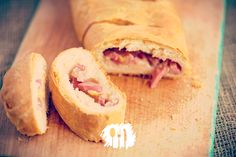 Quem aí gosta de receitas de família? Veja essa de pão de linguiça. http://fabiolenza.com.br/?p=2395