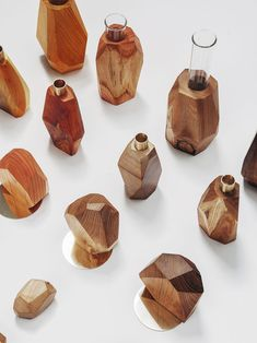 Wood Crafts, Diy And Crafts, Diy Wood Projects, Wood Tea Light Holder, Tree Branch Decor, Perfume Packaging, Plant Shelves, Wooden Art, Handmade Home Decor