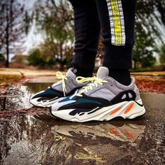 Fashion Yeezy Boost 350 380 500 700 running shoes. Sneakers 2020 autumn and winter trends. Discount Sneakers, Nike Sneakers, Adidas Fashion, Sneakers Fashion, Trendy Shoes, Casual Shoes, Winter Trends, Yeezy Boost, Streetwear Fashion