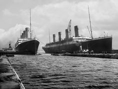 The Titanic and the Olympic, in one of the few photographs that exist of them together.