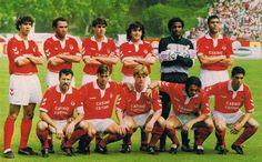 Mais um desafio #ApostaGanha!  Consegues identificar todos os jogadores da equipa do #Benfica de 92/93? ;)  Acede aos melhores prognósticos, promoções e dicas para apostas online!  Conhece-nos em: http://www.apostaganha.pt/  #apostasdesportivas #apostasonline #desporto #futebol