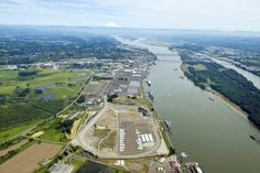 Attorney General opposes oil terminal in Washington State! See http://www.columbian.com/news/2016/sep/06/state-attorney-deny-oil-terminal/