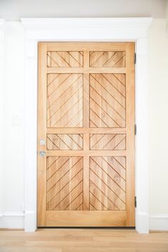 great wooden door de