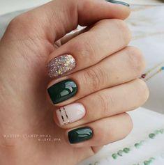 Cute Nails, Pretty Nails, Pink Nails, Green Nails, Christmas Gel Nails, Christmas Nail Designs, Nagellack Design, Minimalist Nails, Neutral Nails
