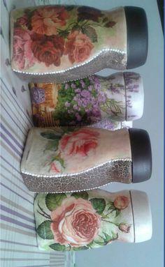 Plastic Bottle Crafts, Diy Bottle, Wine Bottle Crafts, Mason Jar Crafts, Bottle Art, Bottle Garden, Plastic Bottles, Decoupage Jars, Napkin Decoupage