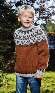 boys kids icelandic sweater, scan from original istex lopi knitting pattern, fuzzy fluffy childs childrens lopapeysa nordic Fluffy Sweater, Mohair Sweater, Men Sweater, Boys Sweaters, Winter Sweaters, Baby Knitting Patterns, Baby Patterns, Kids Photography Boys, Icelandic Sweaters