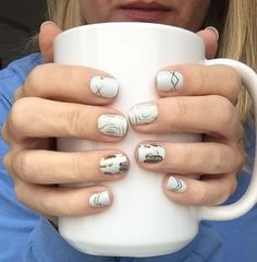 Nothing like that after lunch cup of joe on a Monday! #coffeetime #gatsbyjn #allinthedetailsjn #jamberry