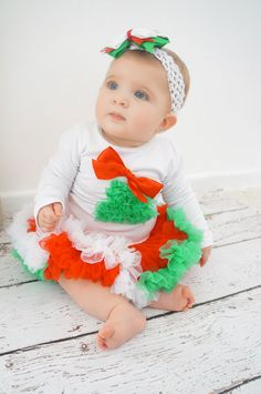 Christmas Baby Outfit Girls Christmas Dress by PoshPeanutKids