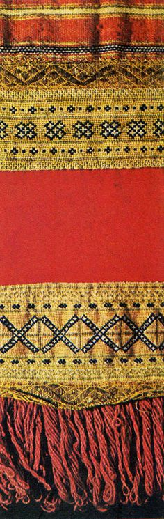Woollen winter apron from the Karelian isthmus, Finland, produced in the 18th century.