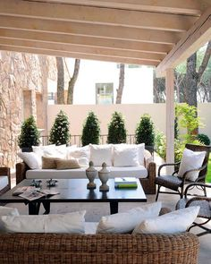 How To Add Fresh Spring Color Your Patio Outdoor