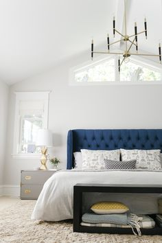 The Curbly bedroom makeover by Emily Henderson. LOVE that blue headboard, all of the gold accents, campaign side tables. Master Bedroom Design, Dream Bedroom, Home Bedroom, Bedroom Ideas, Master Bedrooms, Bedroom Carpet, Bedroom Colors, Modern Bedrooms, Pretty Bedroom