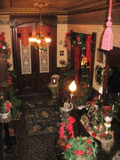 This view was taken on the main staircase looking towards the front door of a 1888 mansion decorated for Christmas. Christmas Past, Victorian Christmas, Vintage Christmas, Christmas Holidays, Christmas Decorations, Holiday Decor, Classy Christmas, Victorian Interiors, Victorian Furniture